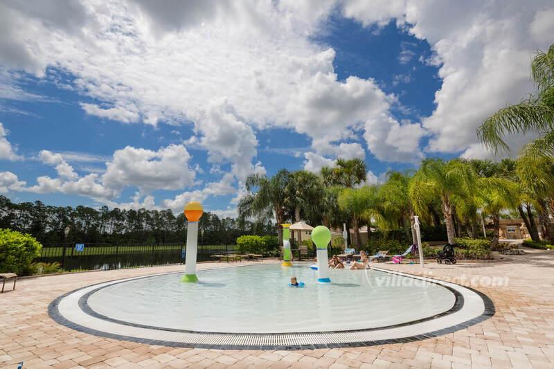 Tots pool at Paradise Palms