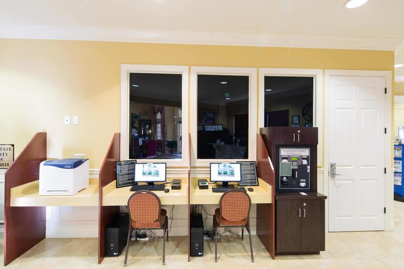 Internet cafe at Vista Cay resort