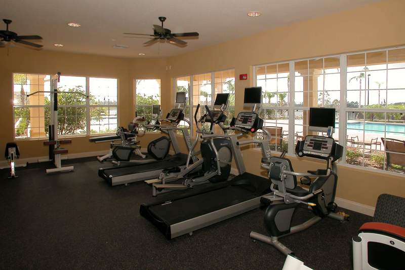 Fitness center at Vista Cay