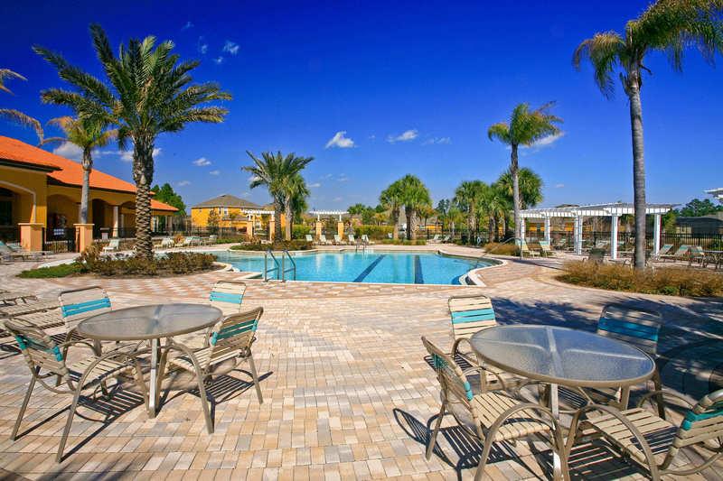 Poolside living in Florida