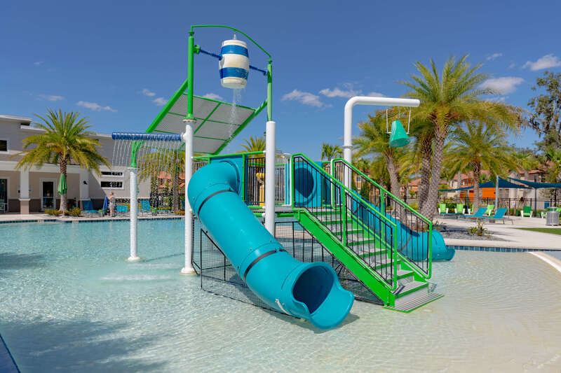 Waterpark splash zone