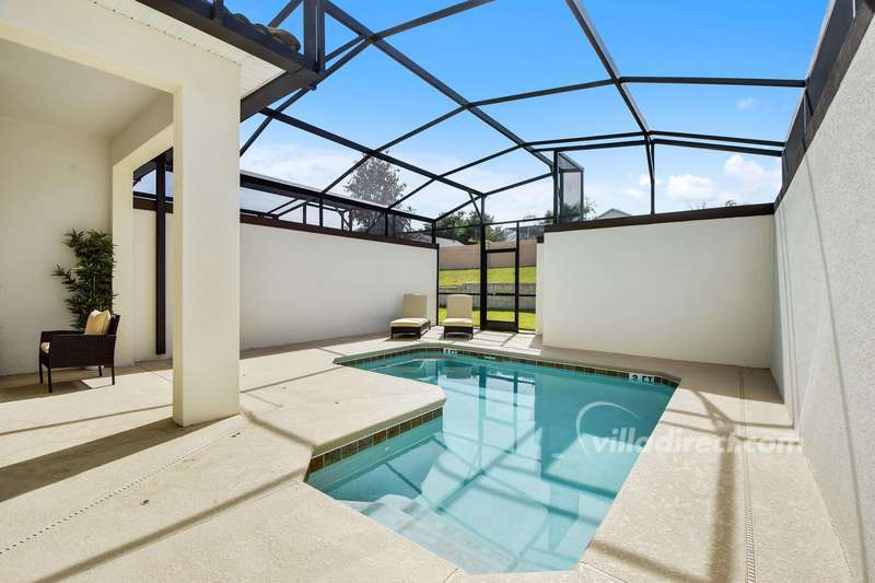 Plunge pool at a 4 bedroom Orlando vacation home rental in ChampionsGate