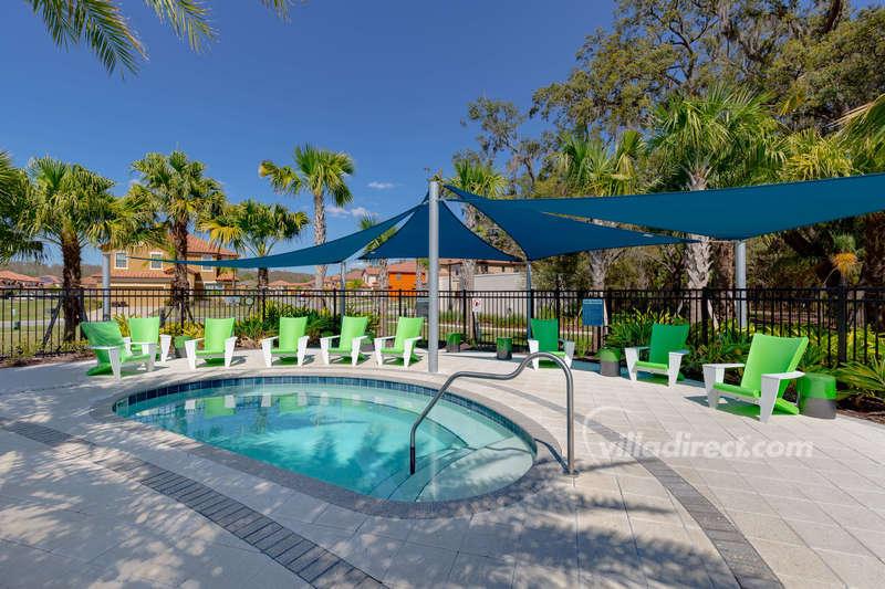 Poolside Hot-tub