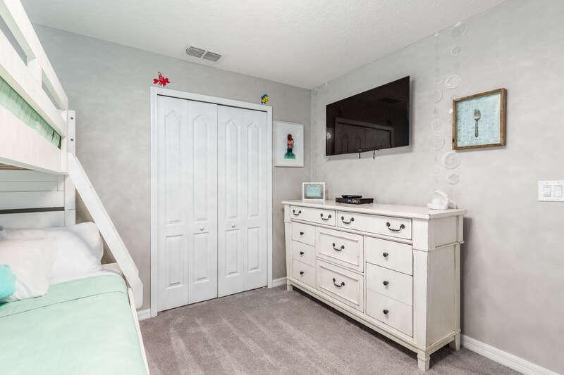 Mermaid bunk bedroom
