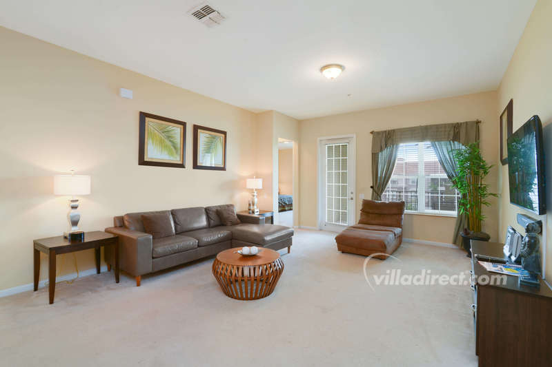 Spacious and elegant family room
