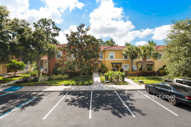 3BR/2.5BA Townhome