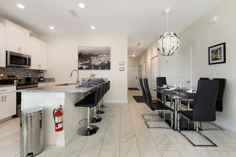 Dining Suite/Kitchen